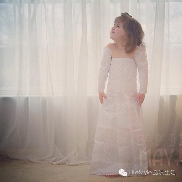 四岁天才服装设计师——用纸裙子惊艳我们的眼球!