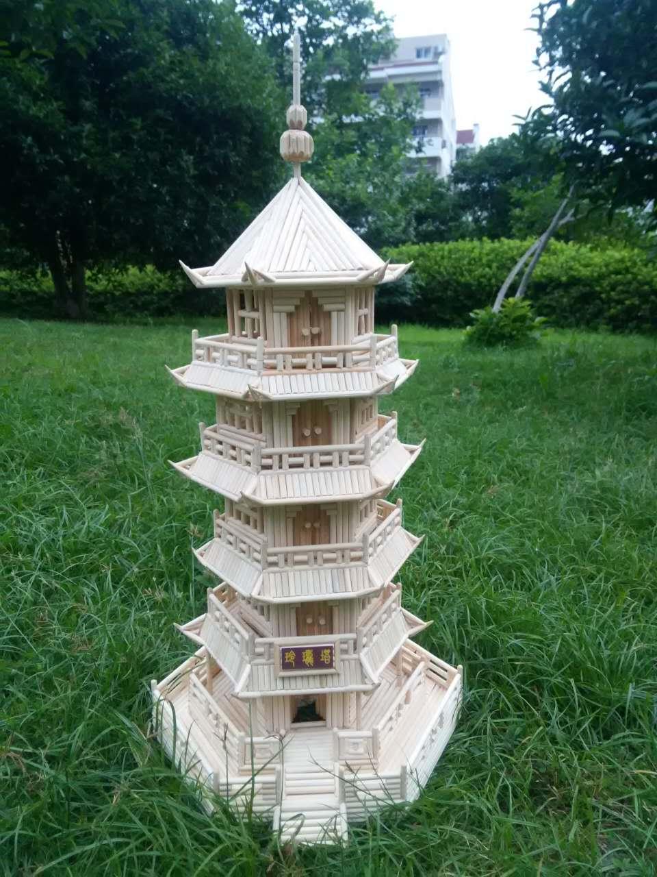 我爹手工好会用一次性筷子做房子?